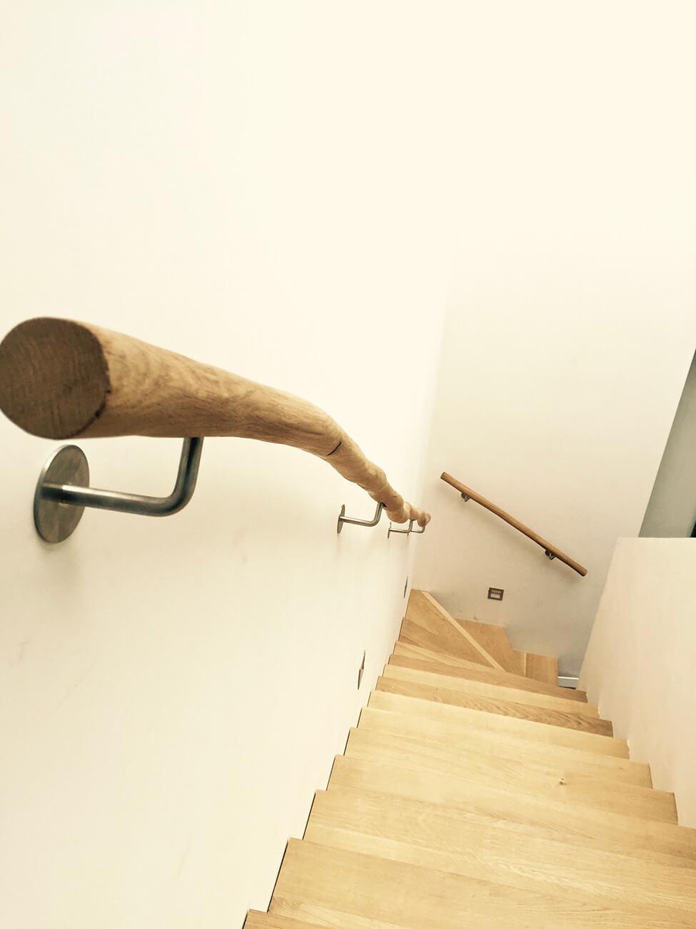 natuurlijke houten trapleuning
