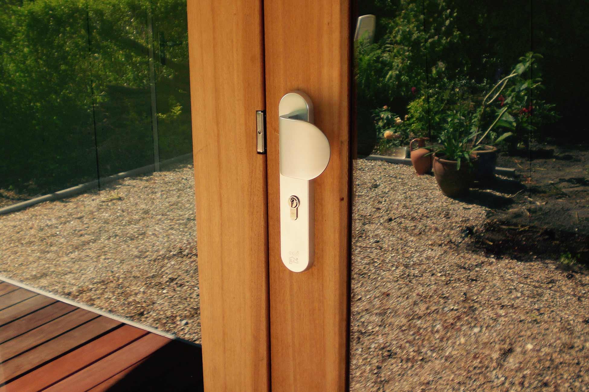 deur design tuinhuis